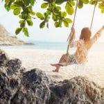Les tenues de plage à ne pas manquer pour vos vacances au soleil