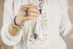 Comment bien choisir ses bijoux ésotériques ?