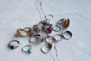 Comment nettoyer les bijoux en acier inoxydable ?