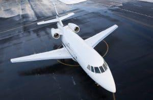 Louer un jet privé pour faire venir sa famille à son mariage à l'étranger