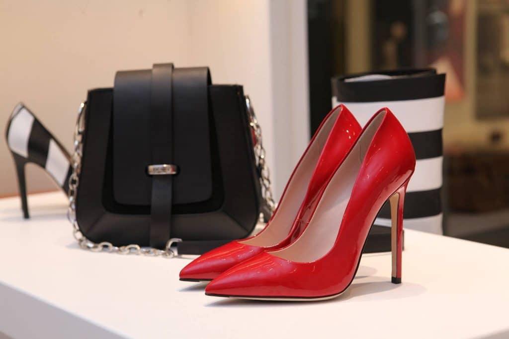 Le cadeau par excellence : l'accessoire de mode d'une maison de luxe