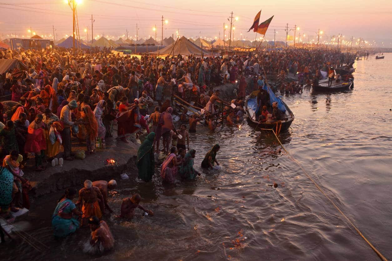 célébration de la Kumbh Mela en Inde