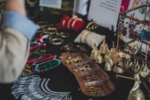 Quels bijoux offrir à sa femme lors de grandes occasions ?