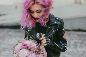 Comment prendre soins de ses cheveux colorés et méchés ?