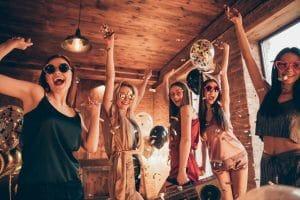 3 idées pour réussir une fête à la maison
