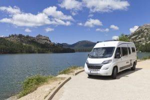 Voyage en camping-car : les particularités de la route